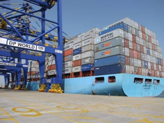 container clearing and forwarding service