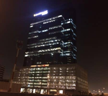 Dubai corporate office moving services